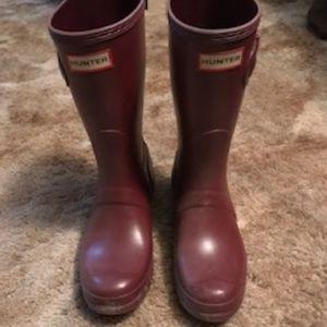 Hunter Short Boots Maroon Matte Size 8